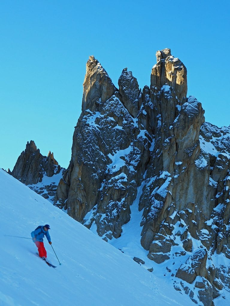 Ben Gifford skiing down from the Col des Ecandies, Val d'Arpette